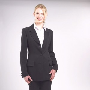 Ladies suits – how to always look Chic?