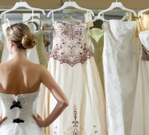 Matching Your Dress to Your Wedding Theme