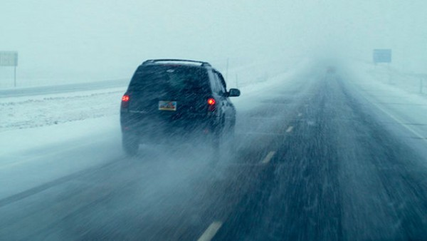 6 Tips To Drive Safely During Winter