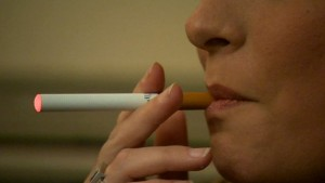 3 Reasons Why E-Cigarettes are Safer than Real Cigarettes