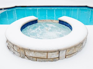 How to Prepare your Swimming Pool For the Winter