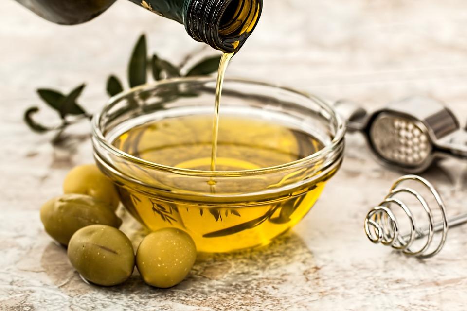 olive-oil-968657_960_720