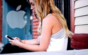 apple iphone girl using iphone