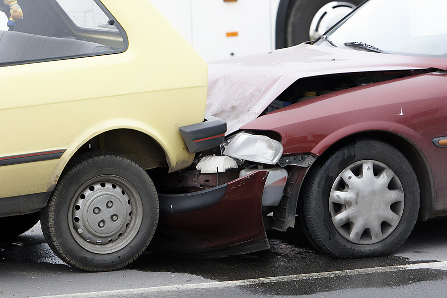 Why You Should Consult Your Lawyer When Filing A Rear-End Collision Claim